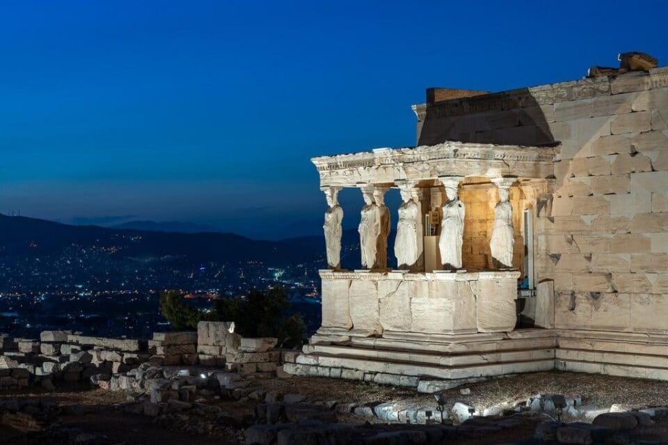 akropoli-neos-fotismos